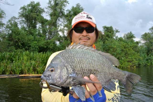Black Seabream lure bolgoda lake Sportfishing Lanka