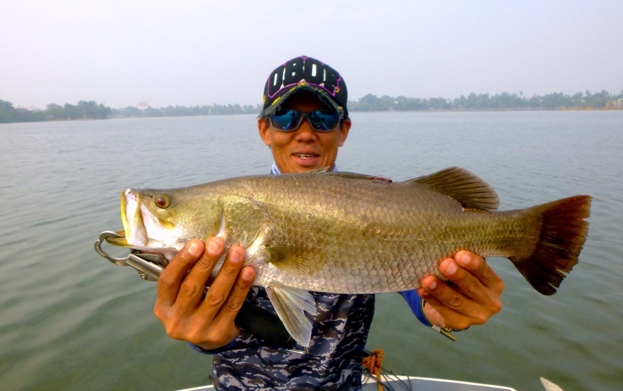 Bolgoda lake fishing sri lanka Sportfishing Lanka.jpg