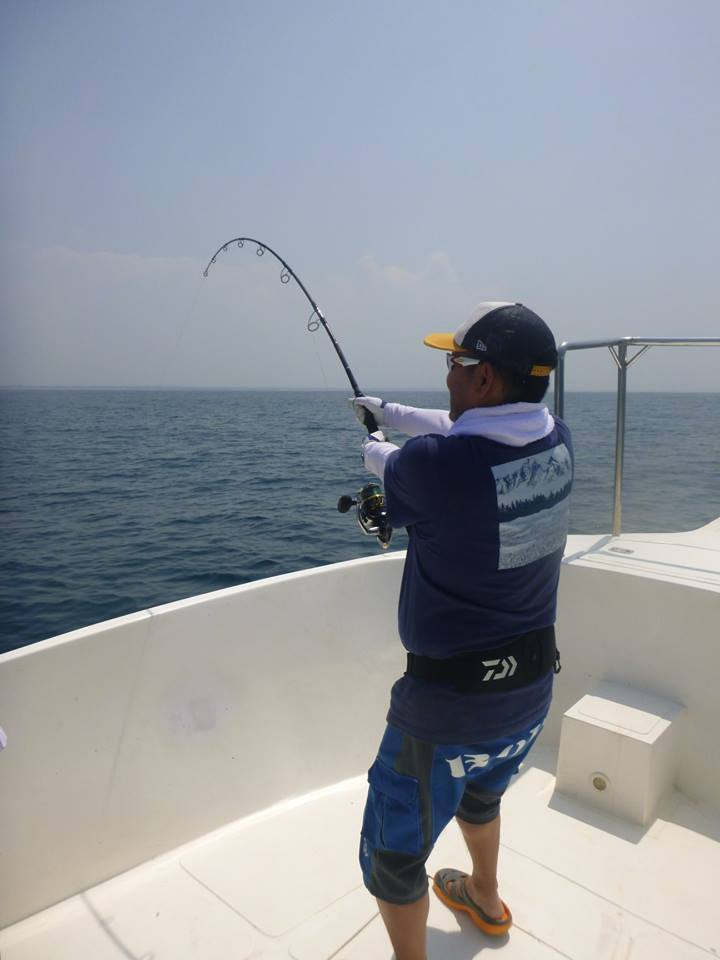 Popping Sri Lanka GT fishing.jpg