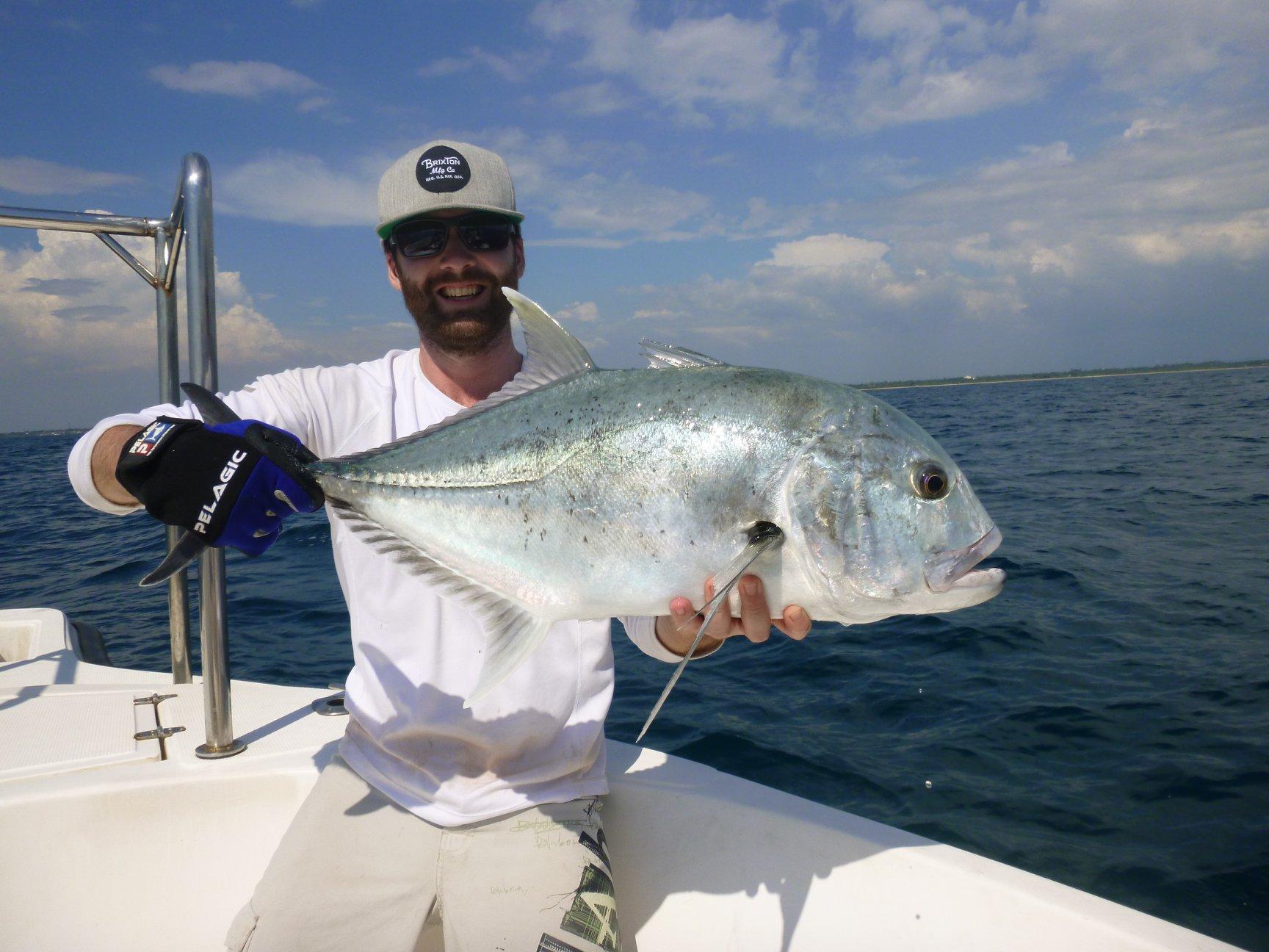GT Popping Sri Lanka Stickbait Sportfishing Lanka.jpg