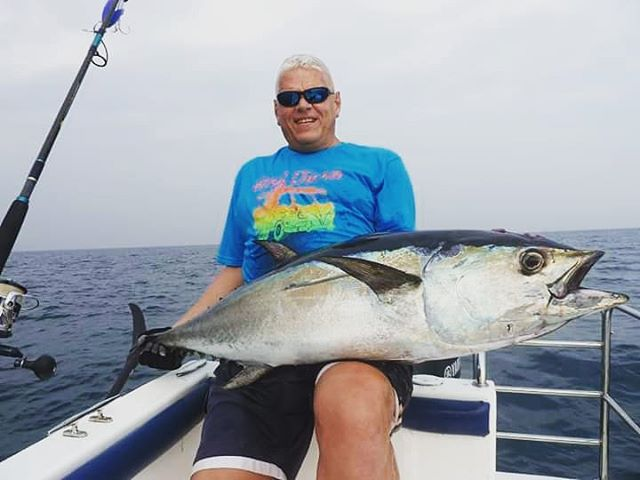 Long Tail Tuna, an unexpected catch on GT popping spot.  #longtailtuna, #tunafishing, #gtpopping, #gtfishing, #fishingsrilanka, #srilankafishing, #sportfishinglanka