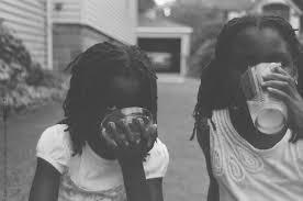 Black_girls_drinking_lemonade