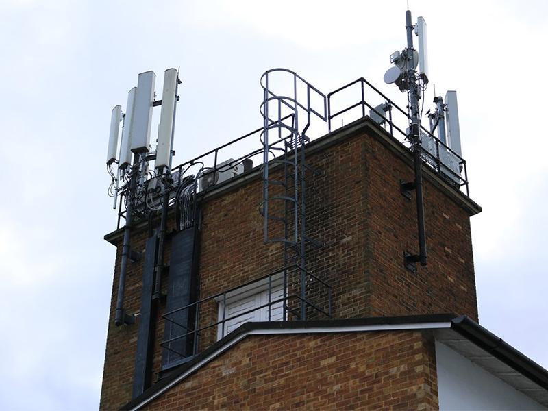telecoms.jpg