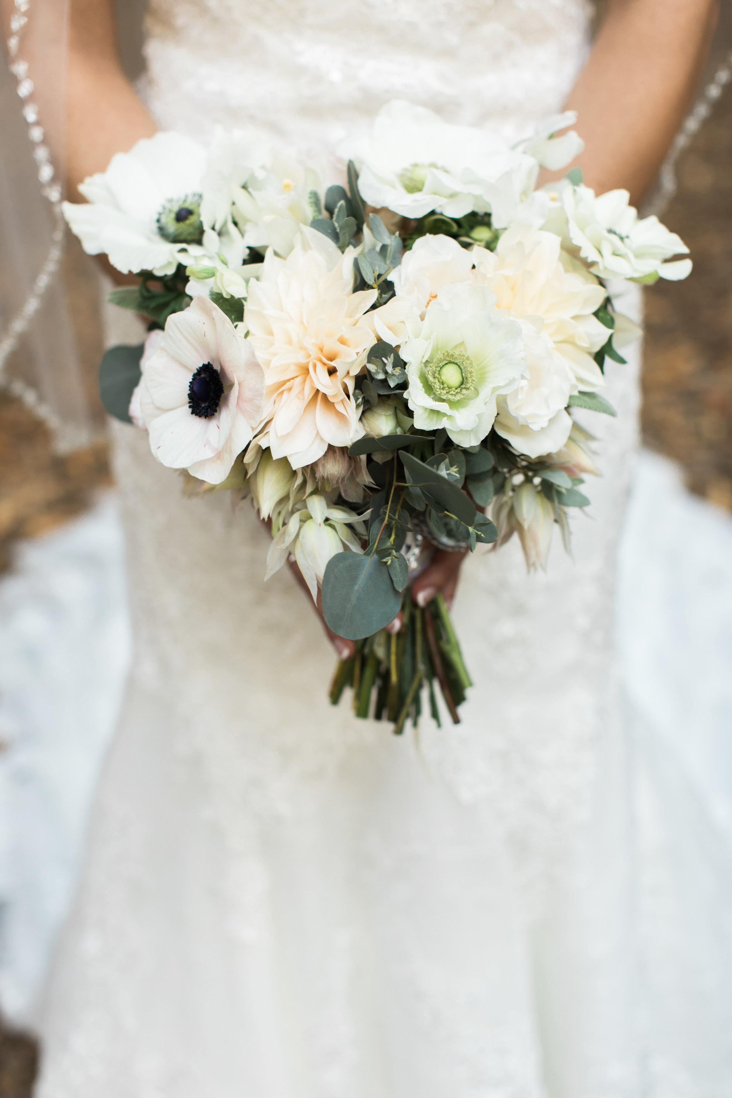 saratoga_springs_wedding_bouquet.jpg