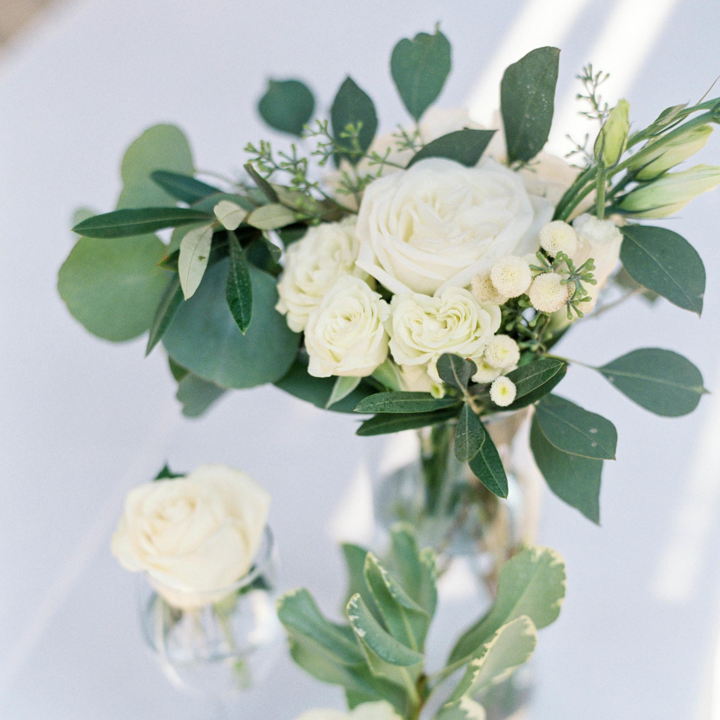Meghan-mehan-Presentation-Center_Wedding-flowerstory.jpg