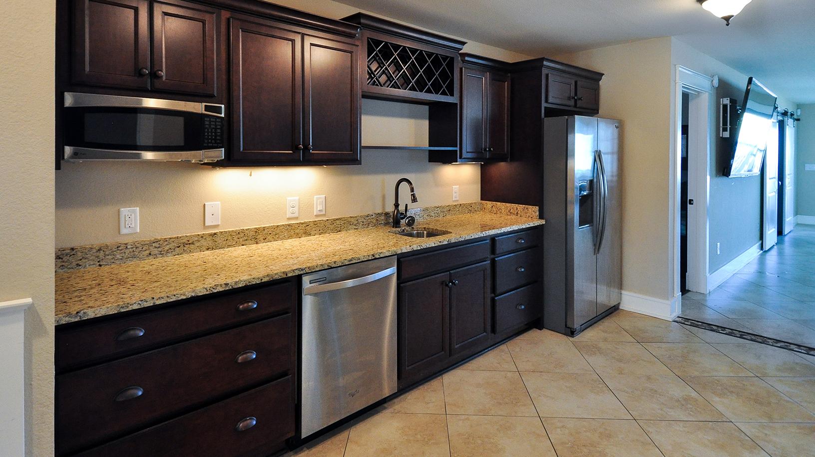 KD1409-kitchenette.jpg