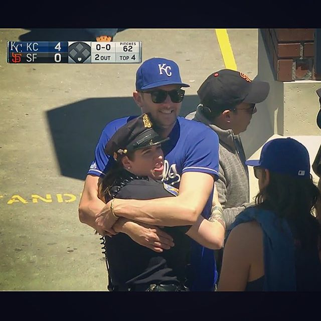 when the royals win, everybody wins. #hugthepolice #thatsmyfriend #livetv #donttasemebro