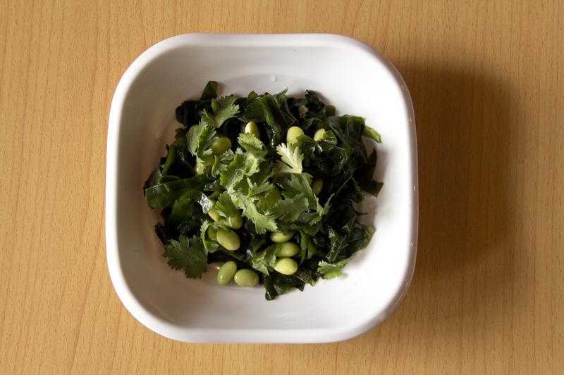Apps_18 Salad_Seaweed.jpg