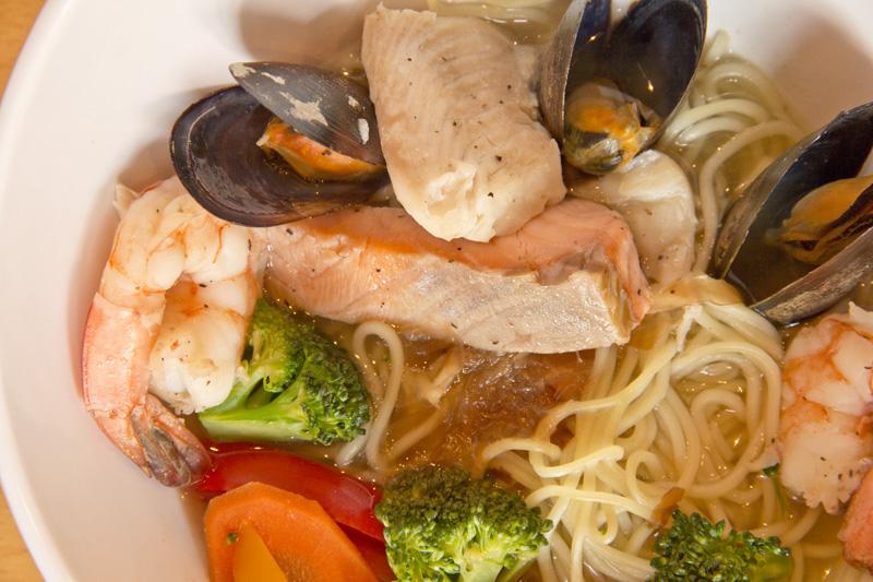 Bowls_09 Noodle Bowl_Seafood.jpg