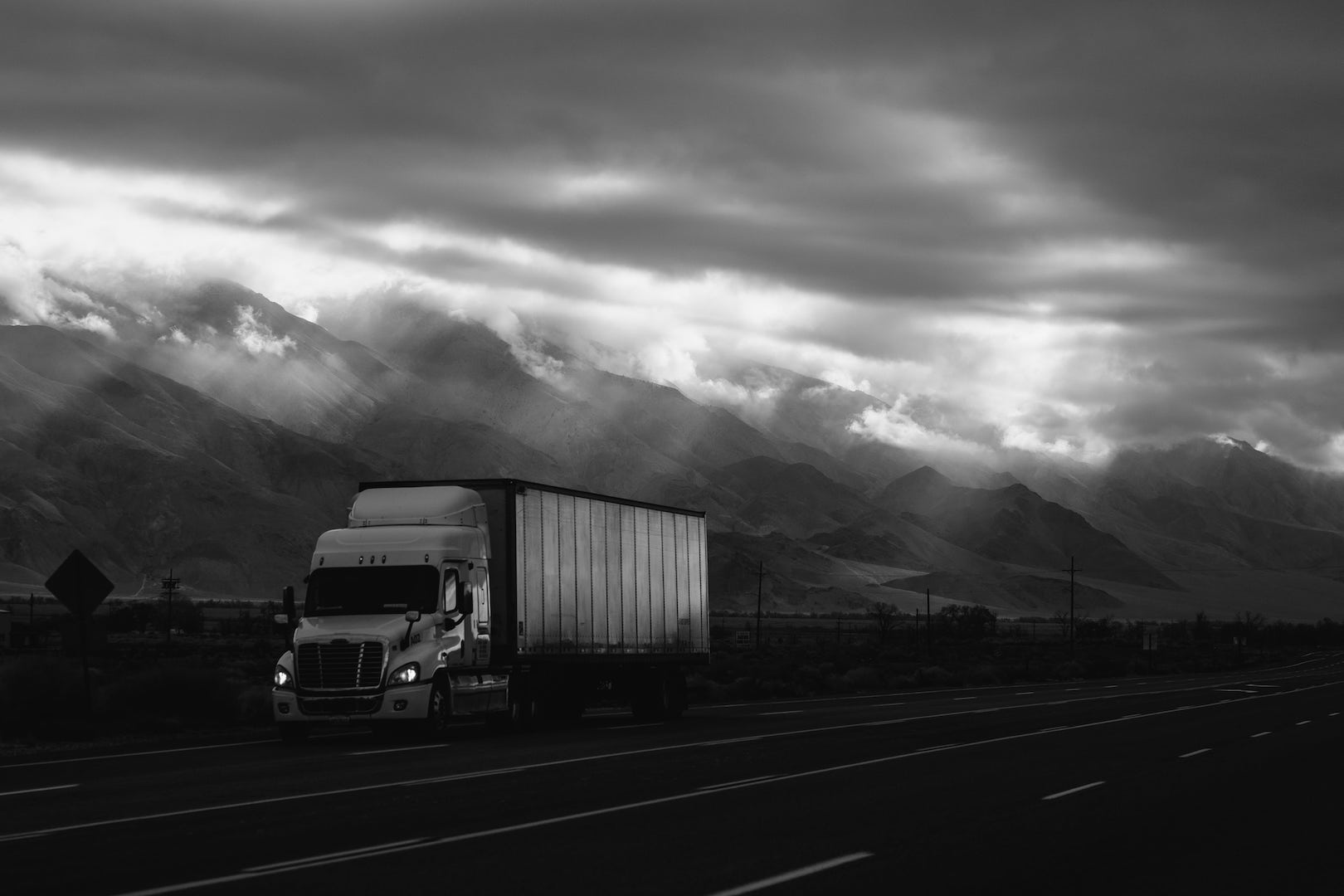 """Trucking - """"This group has given me so many ideas and new ways of approaching business problems. It provides me with the creativity I need to look at new products as a way of increasing my profit margin.""""—Frank, Becker Trucking"""