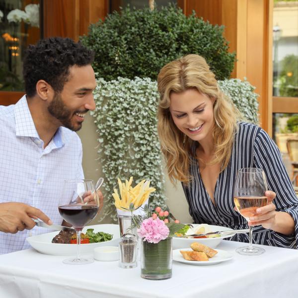 restaurants-le-bilboquet.jpg