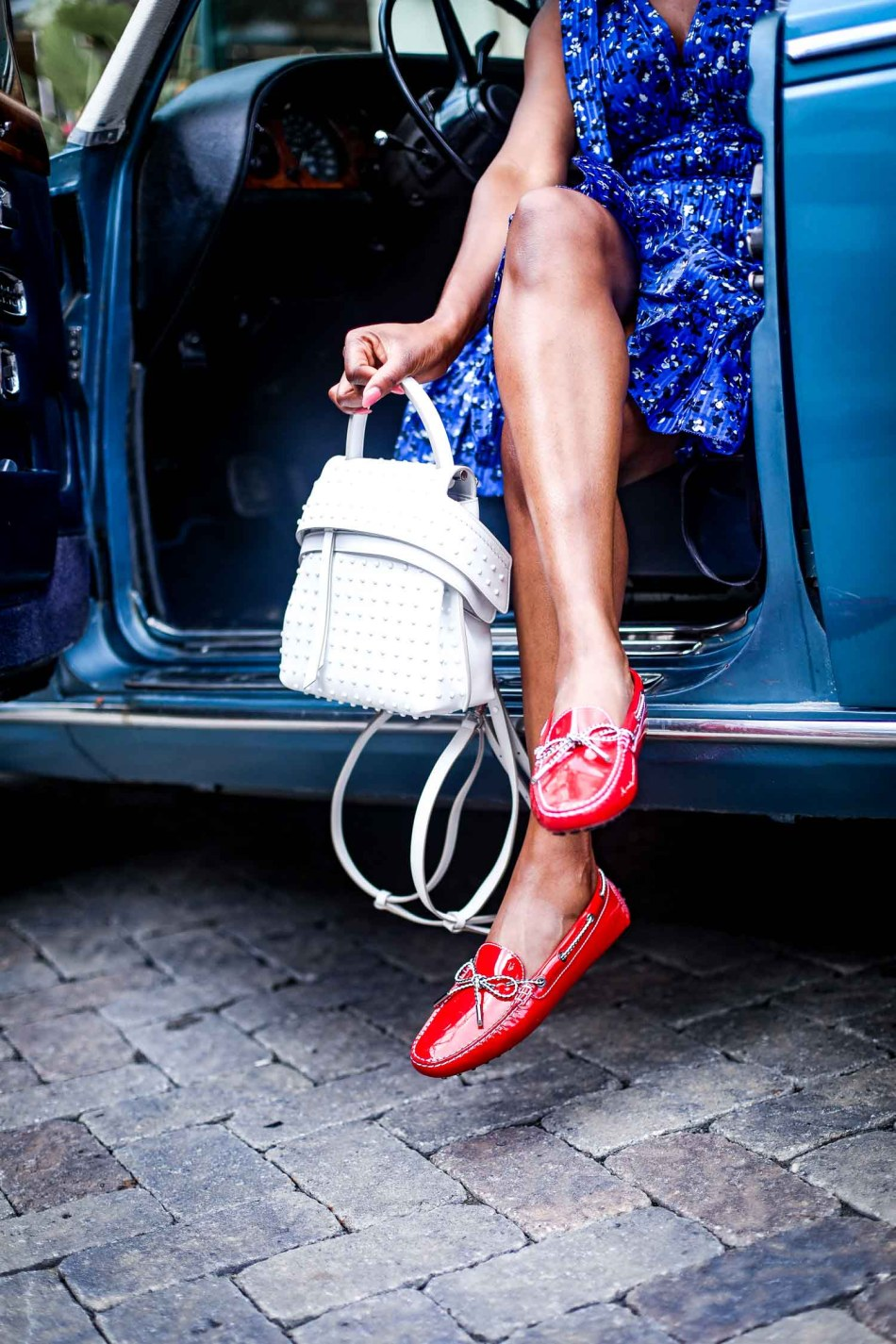 Atlanta-blogger-wearing-Tod's-Gommino-Driving-Shoes-and-Tod-white-bag-in-a-Rolls-Royce-9.jpg