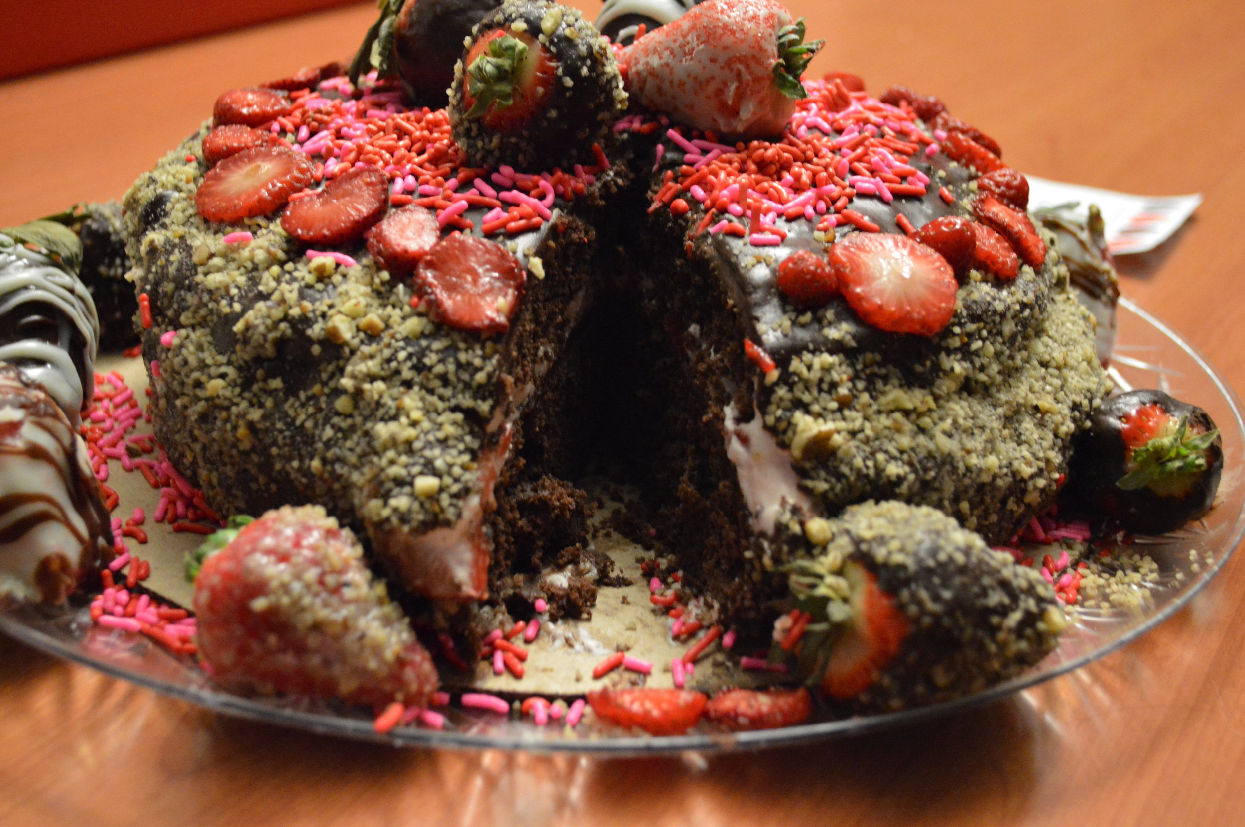 ¬	Kathleen Garland, Bidwell Training Center (Chocolate Strawberry Dream with Chocolate Ganache)