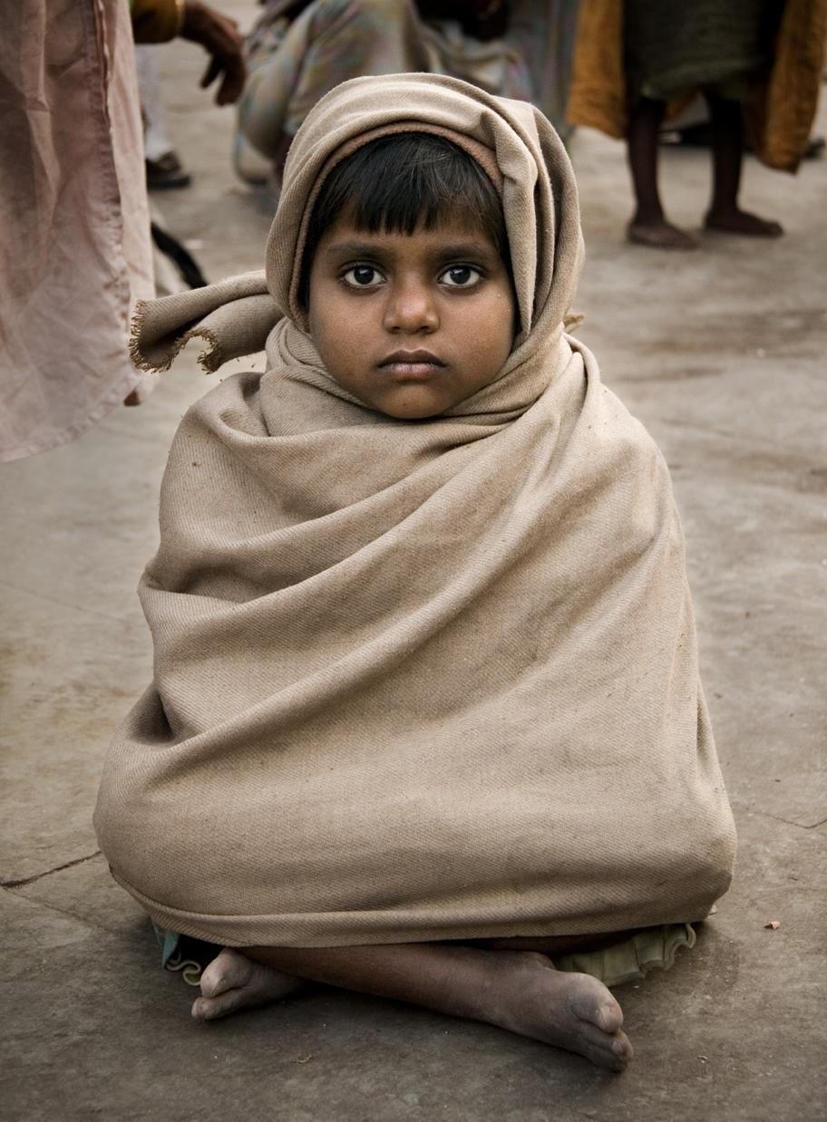 HaridwarSittingGirl_cropped.jpg