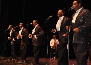 KOMEDY & Motown TRIBUTES Show -