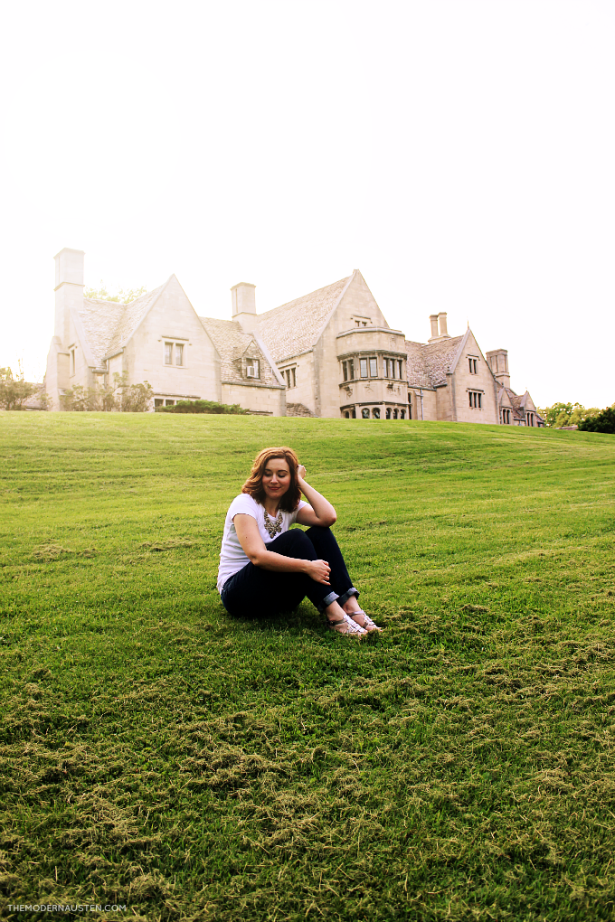 Wearing-a-simple-white-tee-and-jeans-for-a-photoshoot-at-Hartwood-Acres.png