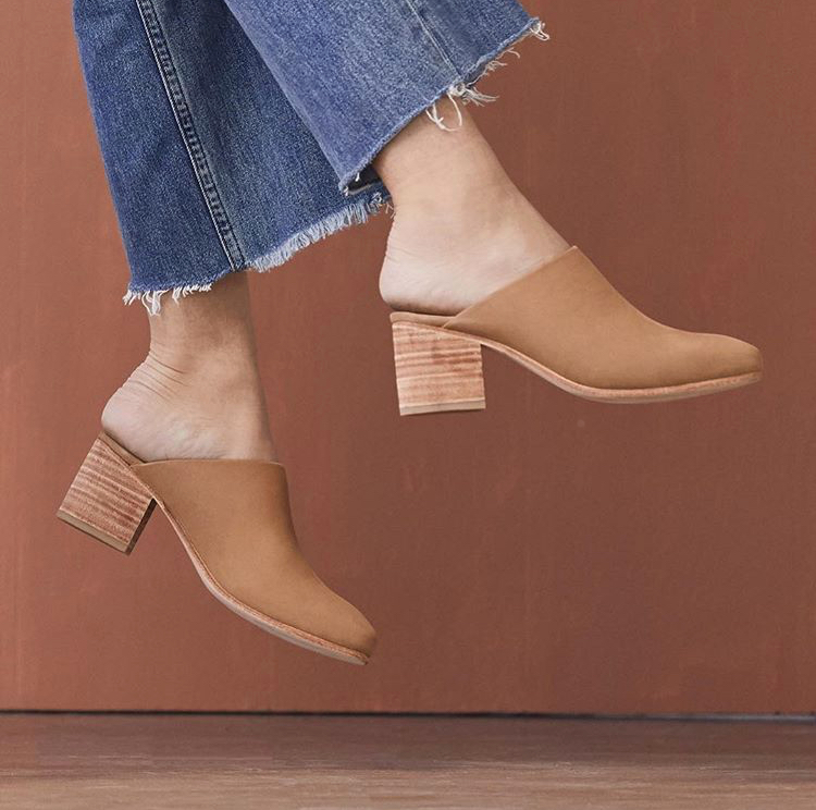 Paloma Leather Heeled Mule