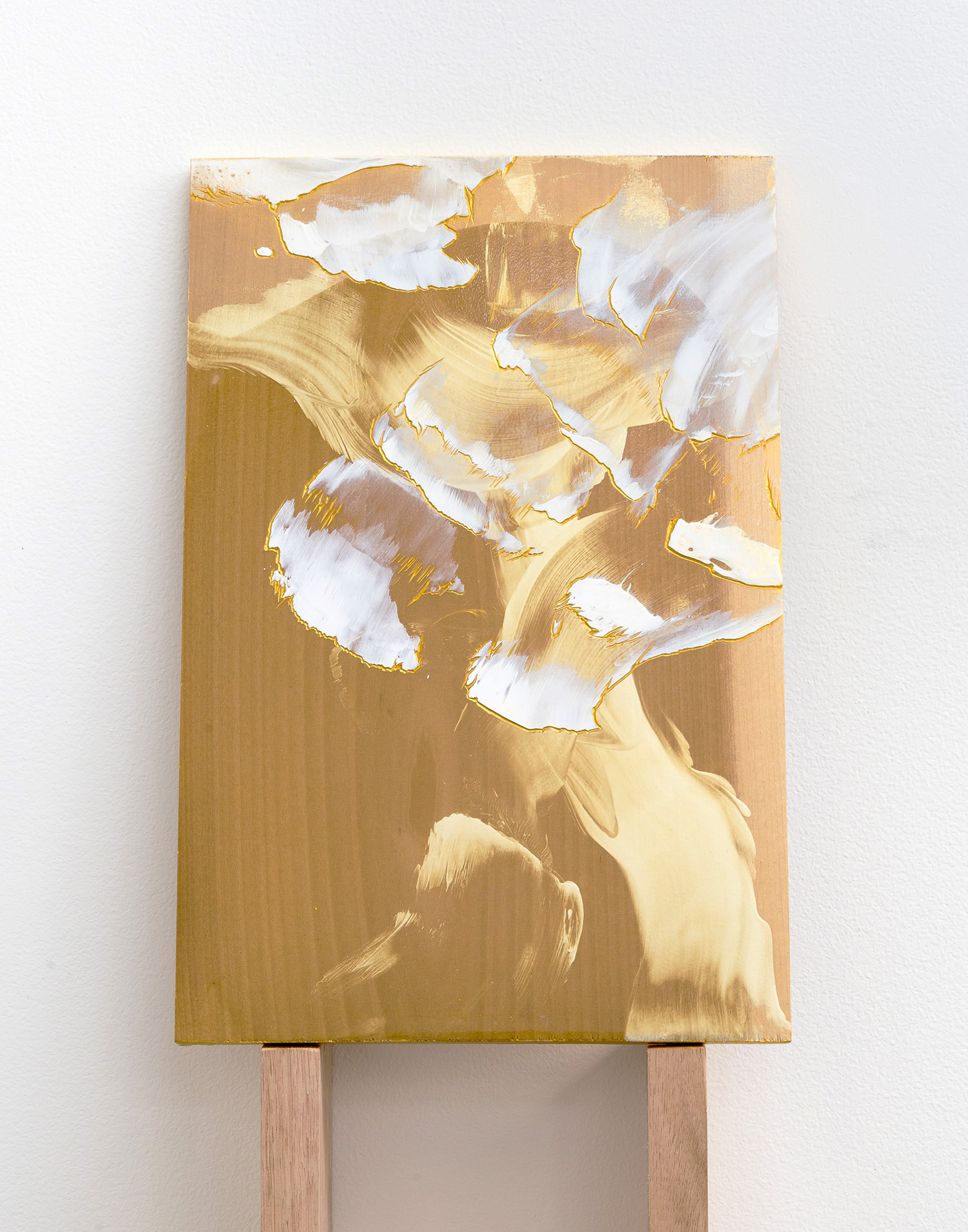 A heart , 2017, acrylic on carved Japanese Magnolia, 30x20cm.  Image: André Piguet.