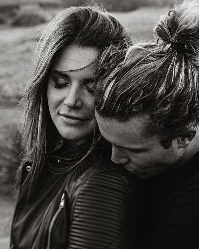 Love me some good black and white photos and couples who are head over heels for one another and that is literally Tyler and Angela! When you are around them you can literally see the butterflies they have for each other. For those of you who have been married awhile or maybe you aren't even married, how do you show your S.O. love? Or better yet, do you know each others love language!? I want to know, share below!! . . . . . . . . . .#elopementphotographer #weddingphotographer #destinationweddingphotographer #love #2019bride #laweddingphotographer #englandweddingphotographer #elope #intimatewedding #intimateweddingphotographer #LAWeddingphotographer #bride #adventurebride #wedventure #wedbride #weddingdetails #wedla #westcoastweddings #lovestories #junebugweddings
