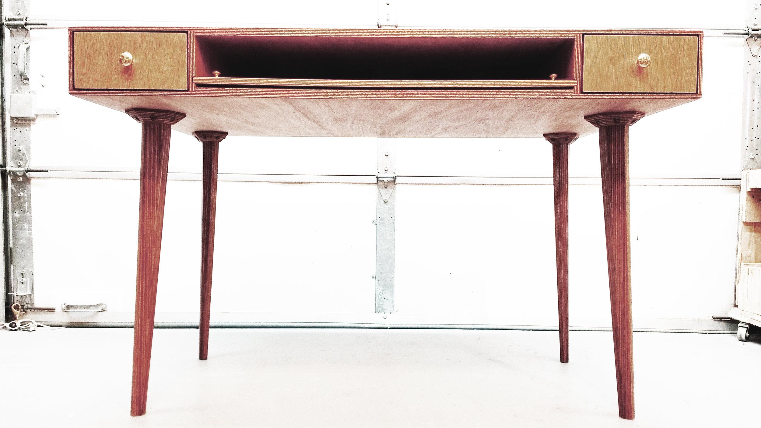 Kush Desk Main.jpg