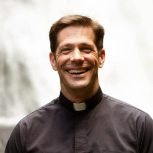 Fr.-Mike-Schmitz_avatar_1380928597-300x300.jpg