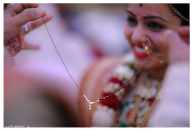 Love is the thread that ties us together.. Bhavik & Mansi, Dec 2016  #bride #bridetobe #weddingday#instawedding #weddingparty #weddingideas #shadisaga #weddingplanning #weddingphoto #weddingtime #dress #weddingphotographer #weddingidea #weddingshot #instaphoto #candid #wedmegood #weddingnama #weddingsutra #capturing #beautiful  #fearlessphoto #candidphography #AkshaySansarePhotography www.AkshaySansare.com