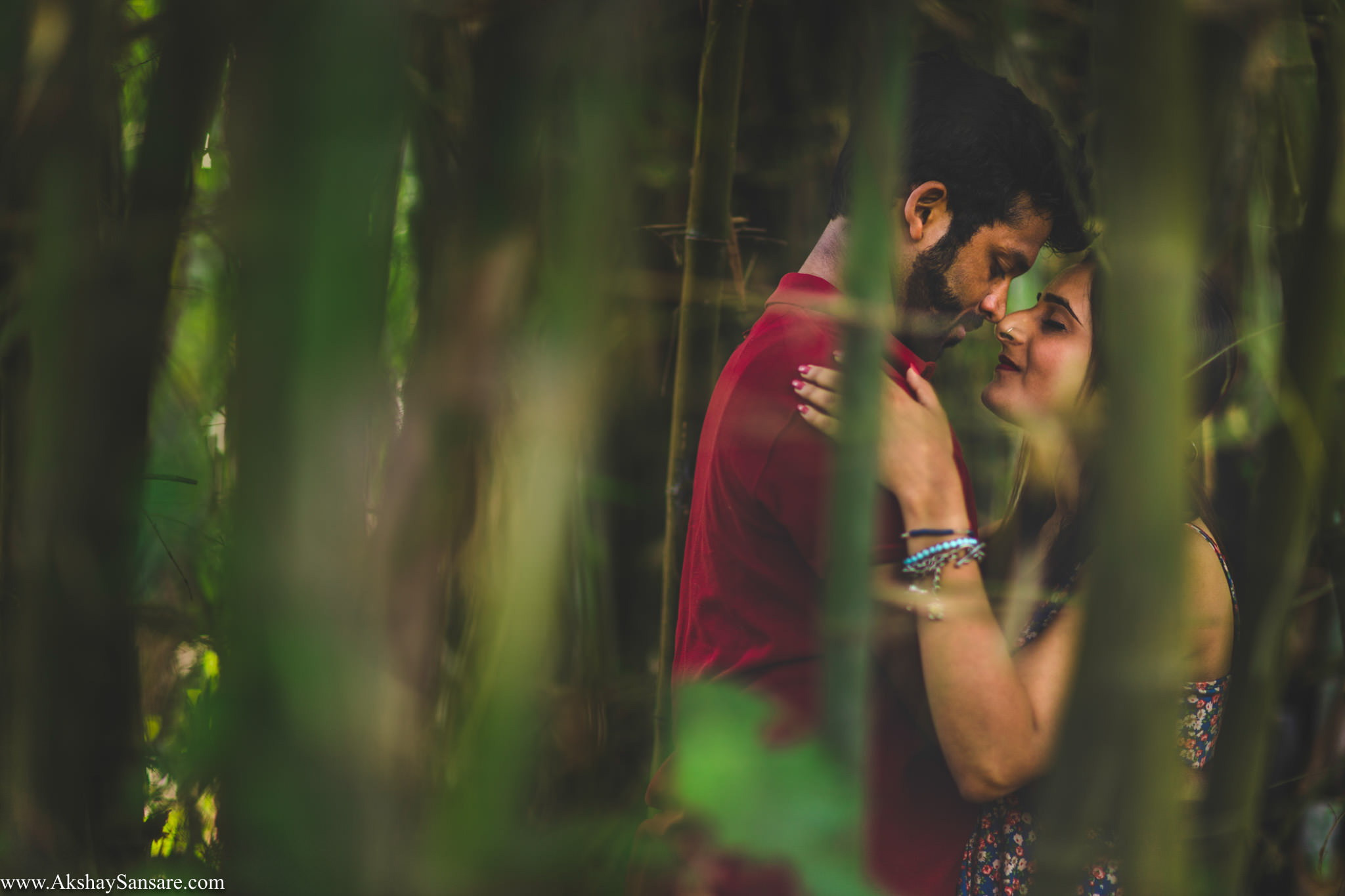Priyanka x Sushank Pre-wedding Best Candid Photographer in Mumbai Akshay Sansare India(11).jpg