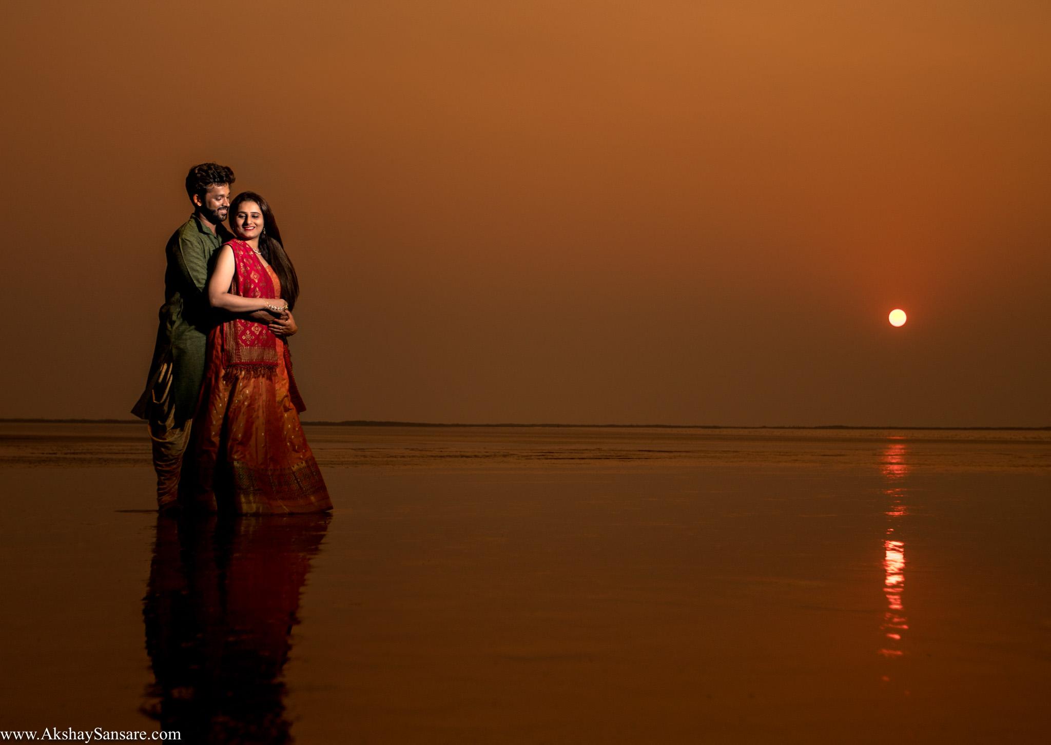 Priyanka x Sushank Pre-wedding Best Candid Photographer in Mumbai Akshay Sansare India(28).jpg