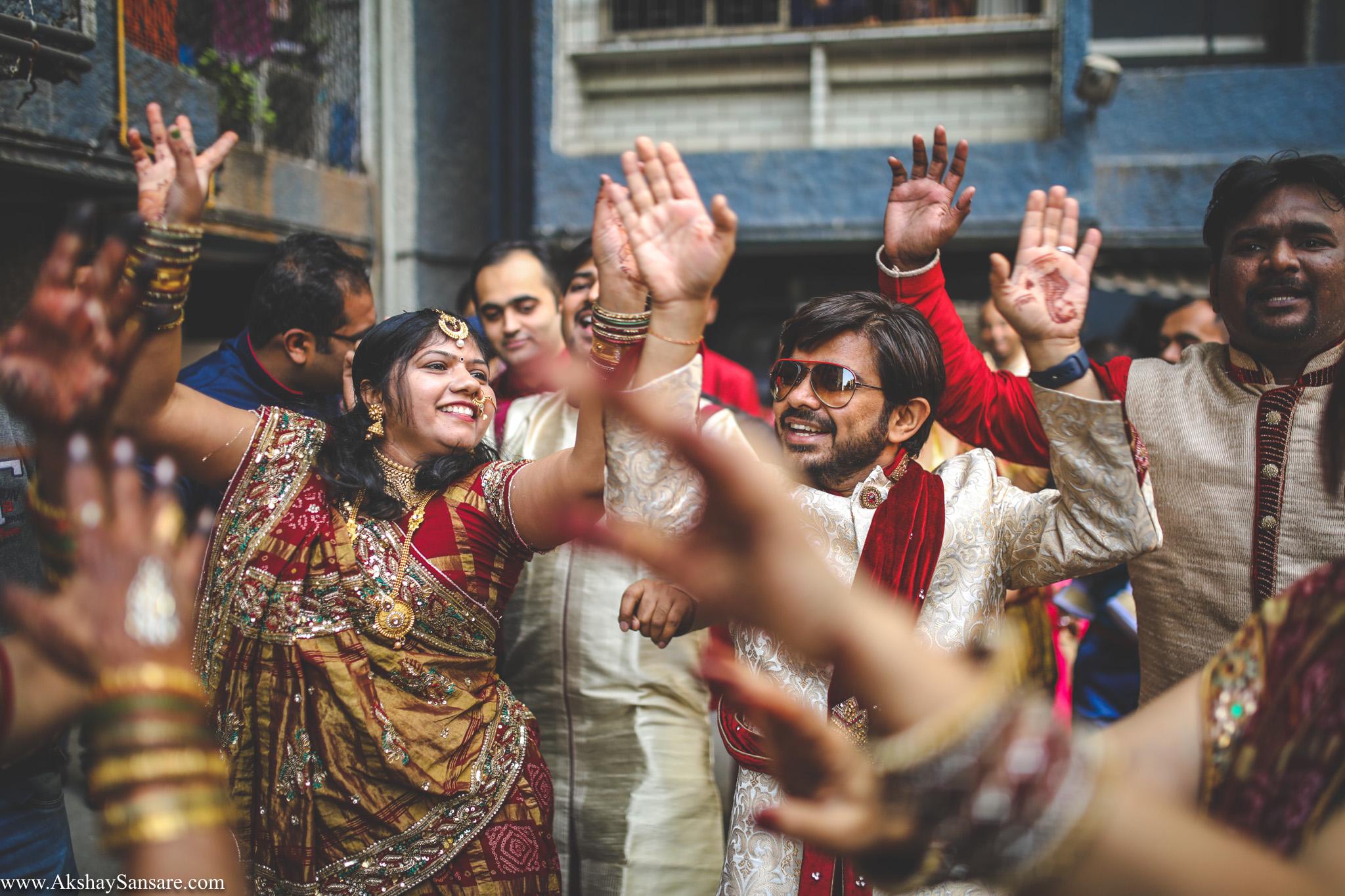 Akshay Sansare Photography Kunal x Shrutika best candid photographers in mumbai(23).jpg
