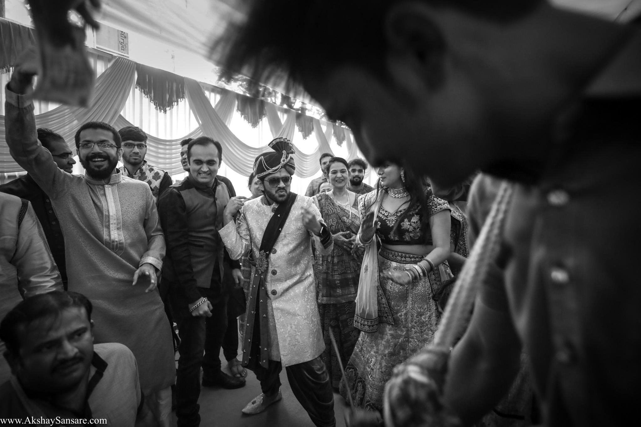 Akshay Sansare Photography Kunal x Shrutika best candid photographers in mumbai(29).jpg