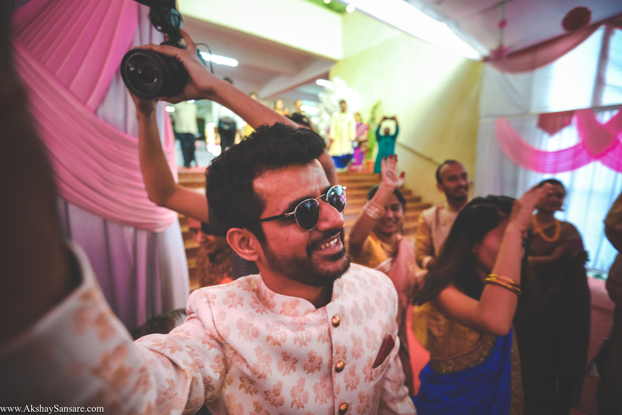 Akshay Sansare Photography Kunal x Shrutika best candid photographers in mumbai(30).jpg