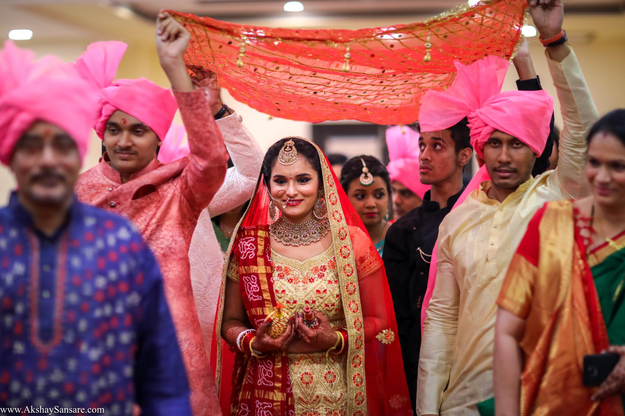 Akshay Sansare Photography Kunal x Shrutika best candid photographers in mumbai(42).jpg