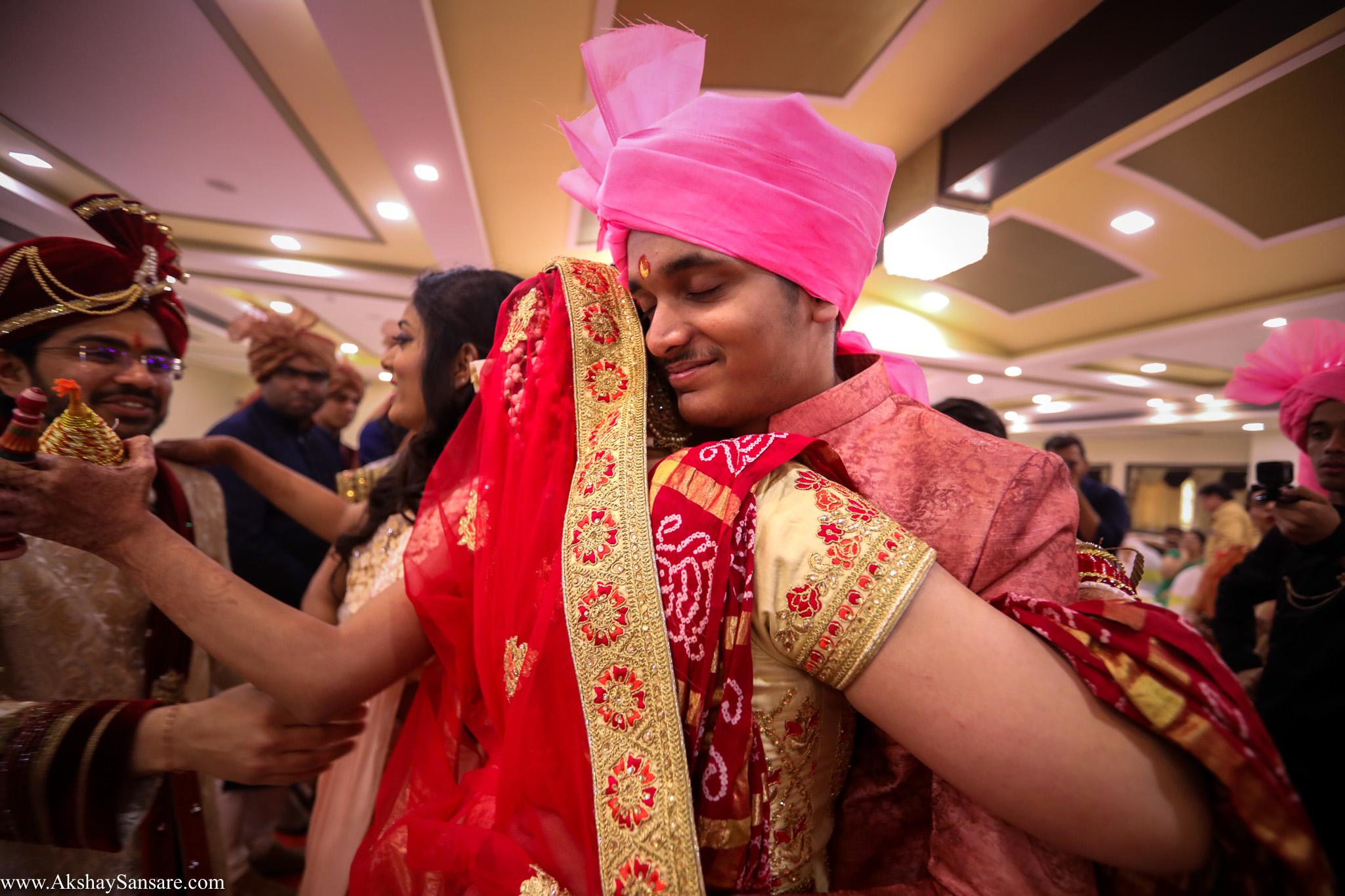 Akshay Sansare Photography Kunal x Shrutika best candid photographers in mumbai(59).jpg