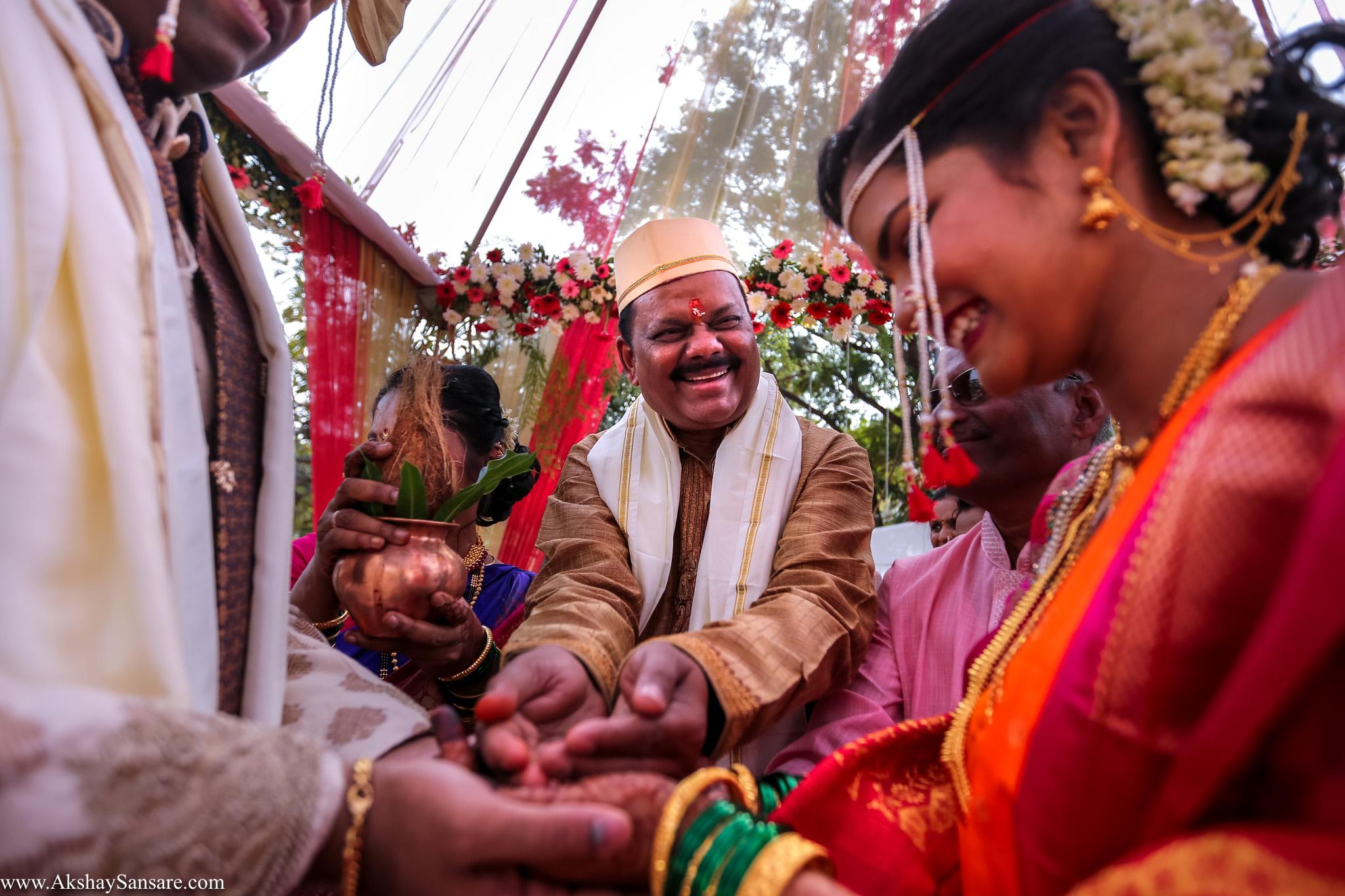 Salil x Kimaya Akshay Sansare Photography Candid wedding Photographer in mumbai best(20).jpg