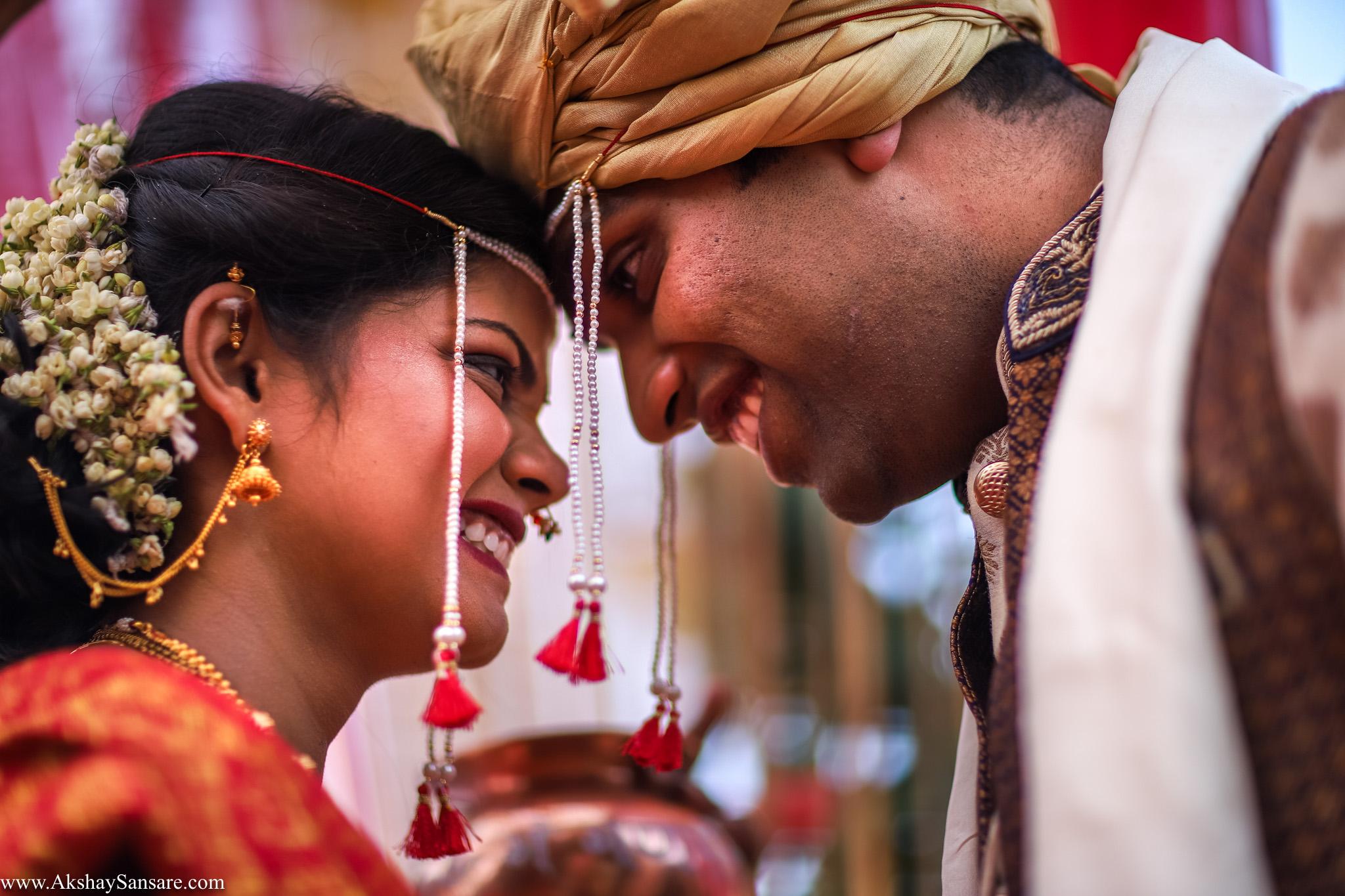 Salil x Kimaya Akshay Sansare Photography Candid wedding Photographer in mumbai best(26).jpg