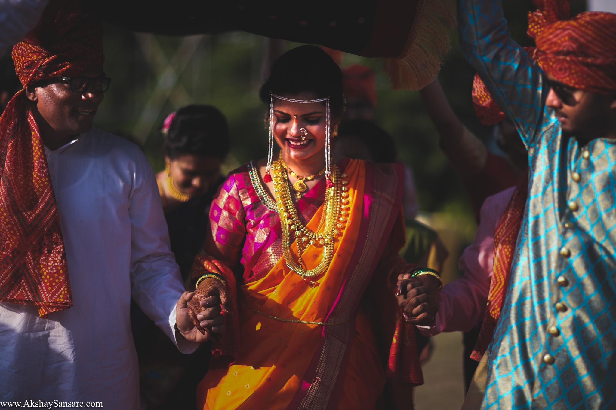 Salil x Kimaya Akshay Sansare Photography Candid wedding Photographer in mumbai best(31).jpg