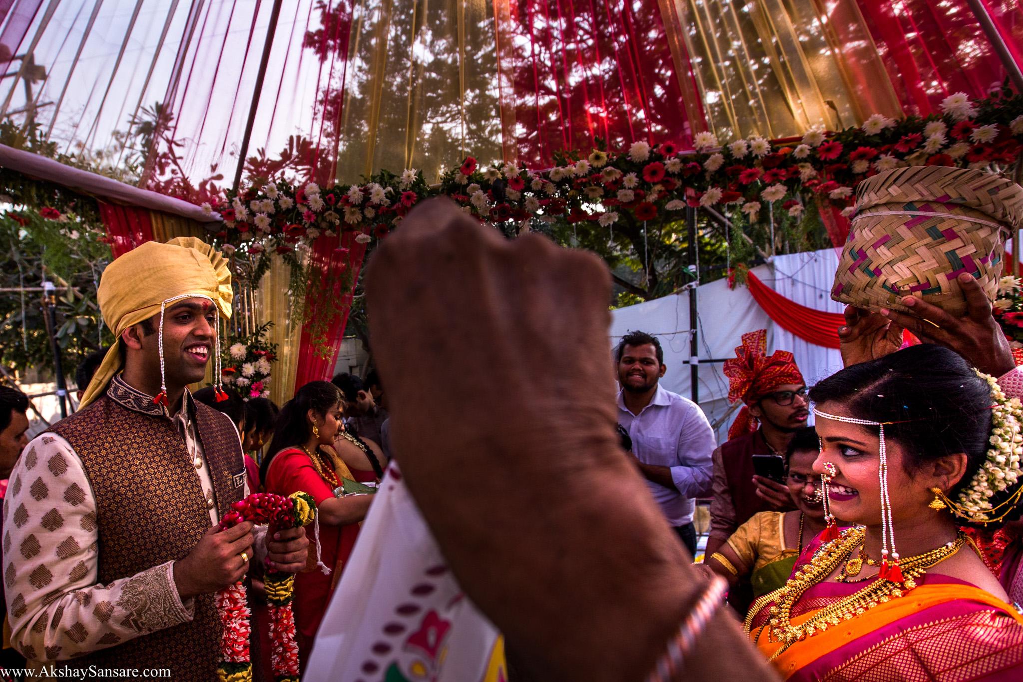 Salil x Kimaya Akshay Sansare Photography Candid wedding Photographer in mumbai best(32).jpg