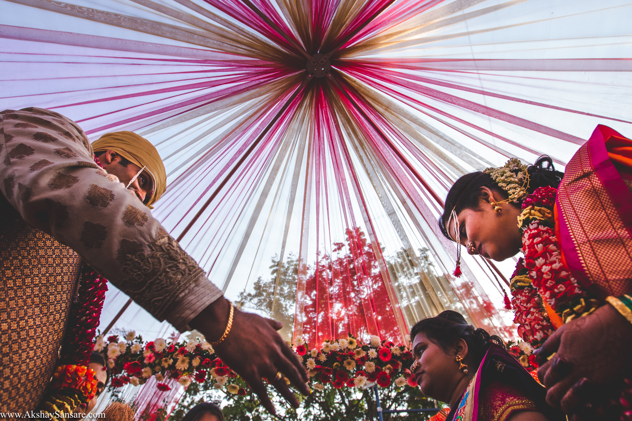 Salil x Kimaya Akshay Sansare Photography Candid wedding Photographer in mumbai best(35).jpg