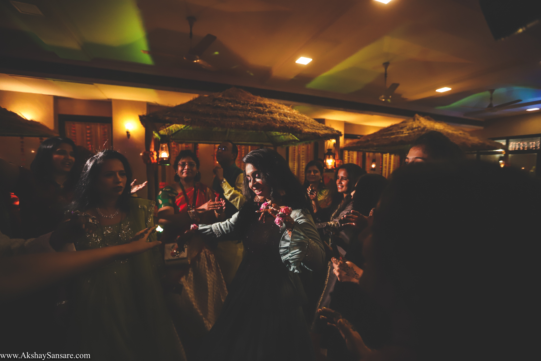 Nupur & Rohan wedding Akshay Sansare Photography best wedding photographer in mumbai India Candid(22).jpg