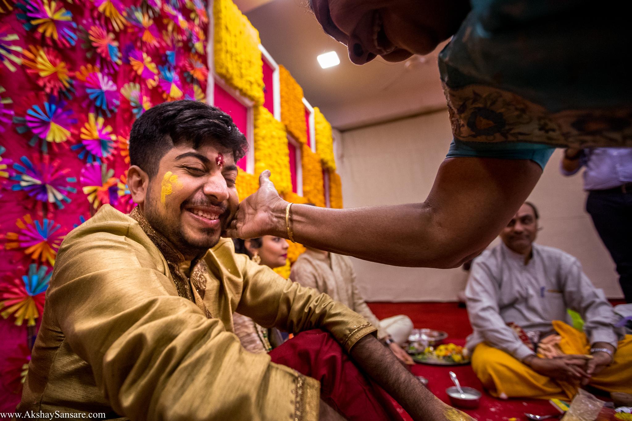 Nupur & Rohan wedding Akshay Sansare Photography best wedding photographer in mumbai India Candid(24).jpg