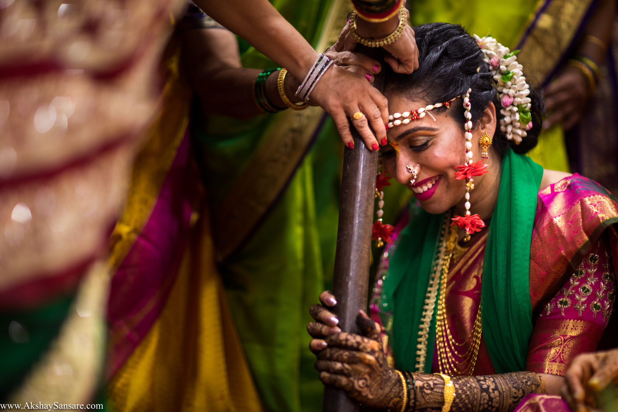 Nupur & Rohan wedding Akshay Sansare Photography best wedding photographer in mumbai India Candid(29).jpg