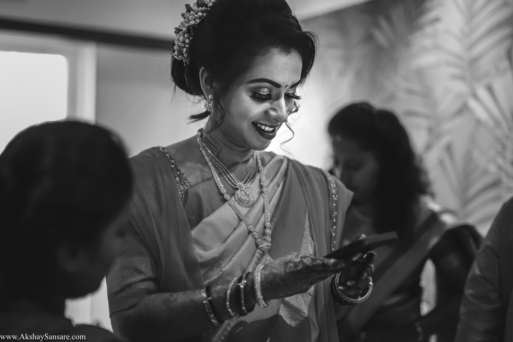Nupur & Rohan wedding Akshay Sansare Photography best wedding photographer in mumbai India Candid(34).jpg