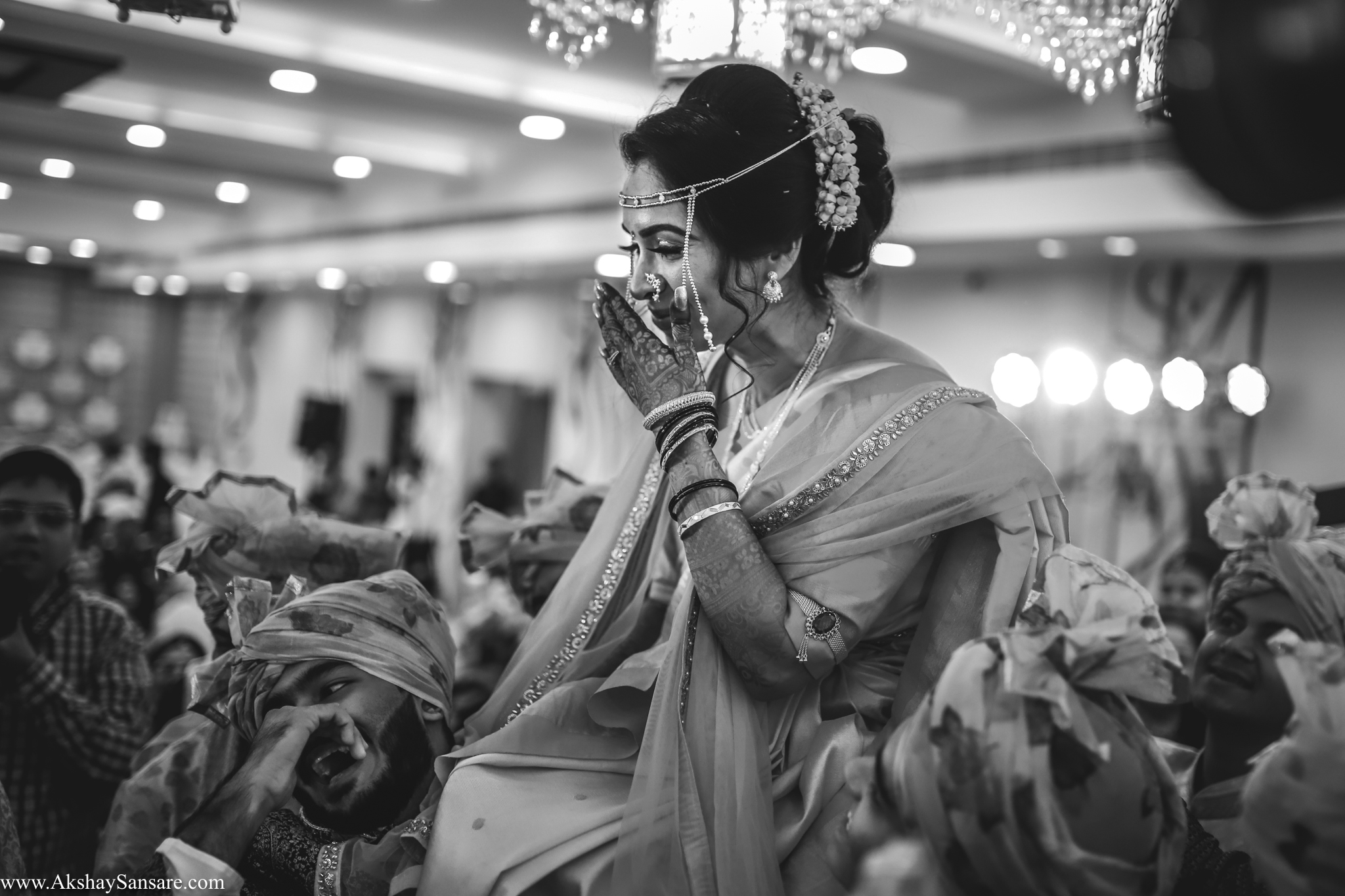 Nupur & Rohan wedding Akshay Sansare Photography best wedding photographer in mumbai India Candid(43).jpg