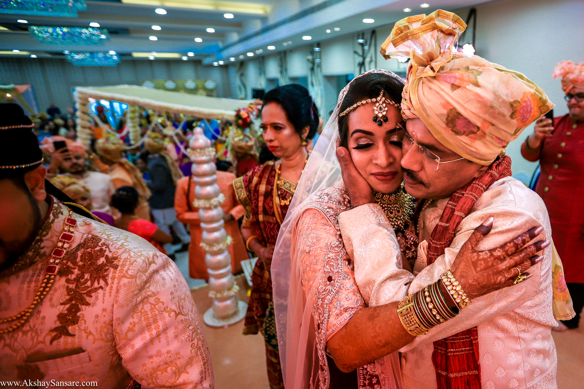 Nupur & Rohan wedding Akshay Sansare Photography best wedding photographer in mumbai India Candid(48).jpg