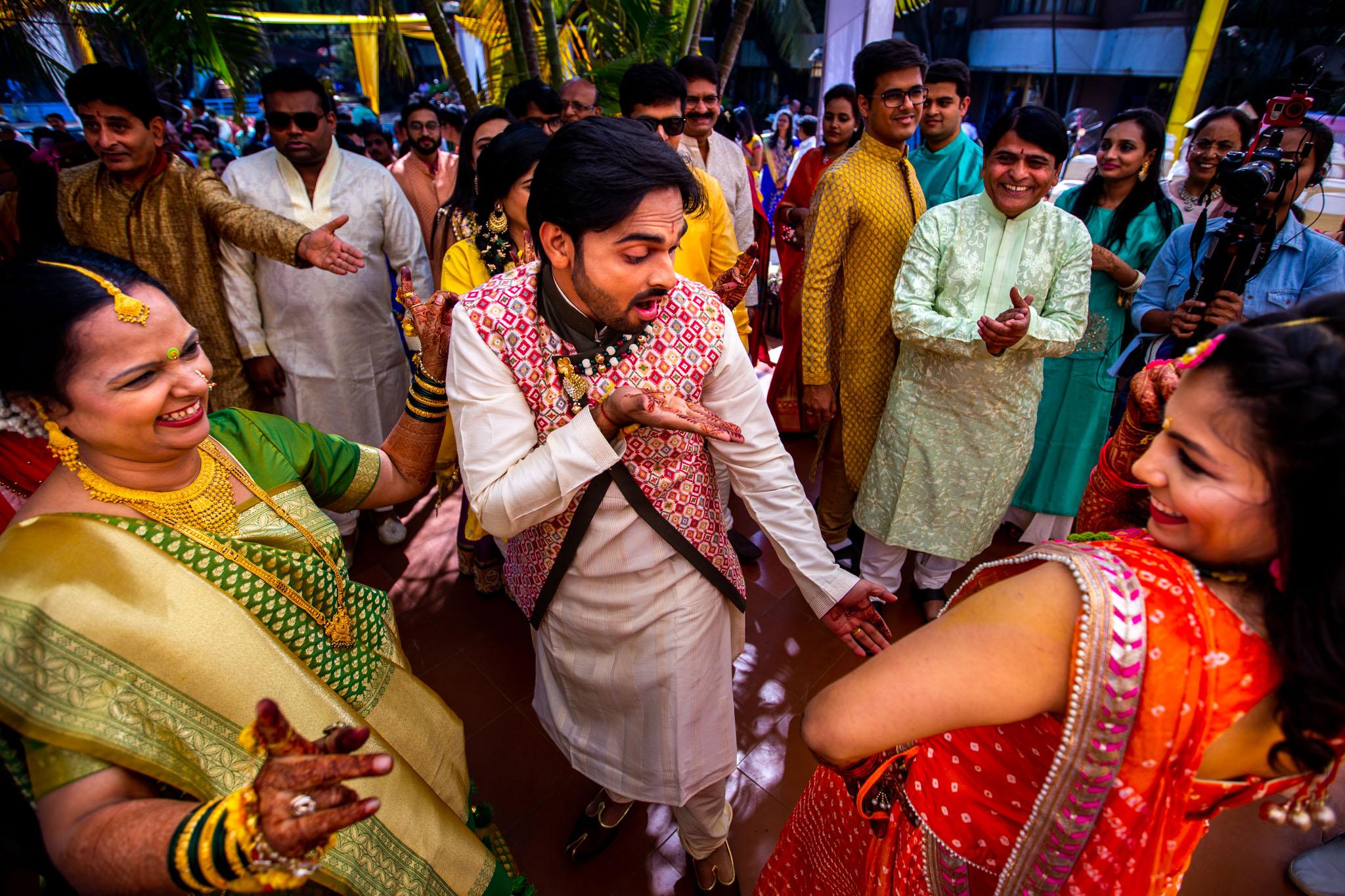 Mukti x Ojas Wedding Akshjay Sansare Photography Best wedding photographer in mumbai India Candid Cinematic Films videos-7.jpg