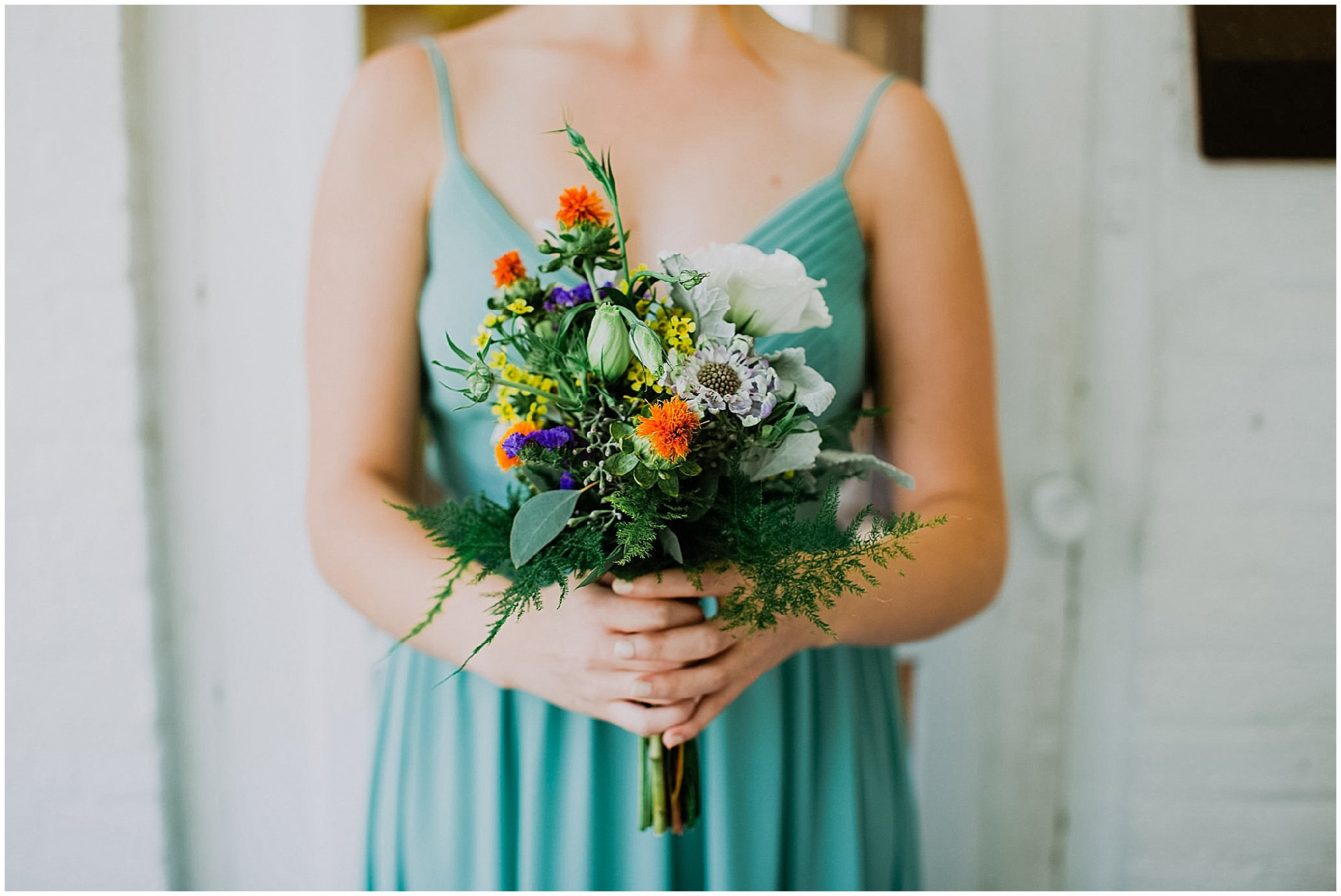 bridesmaid bouquet wedding