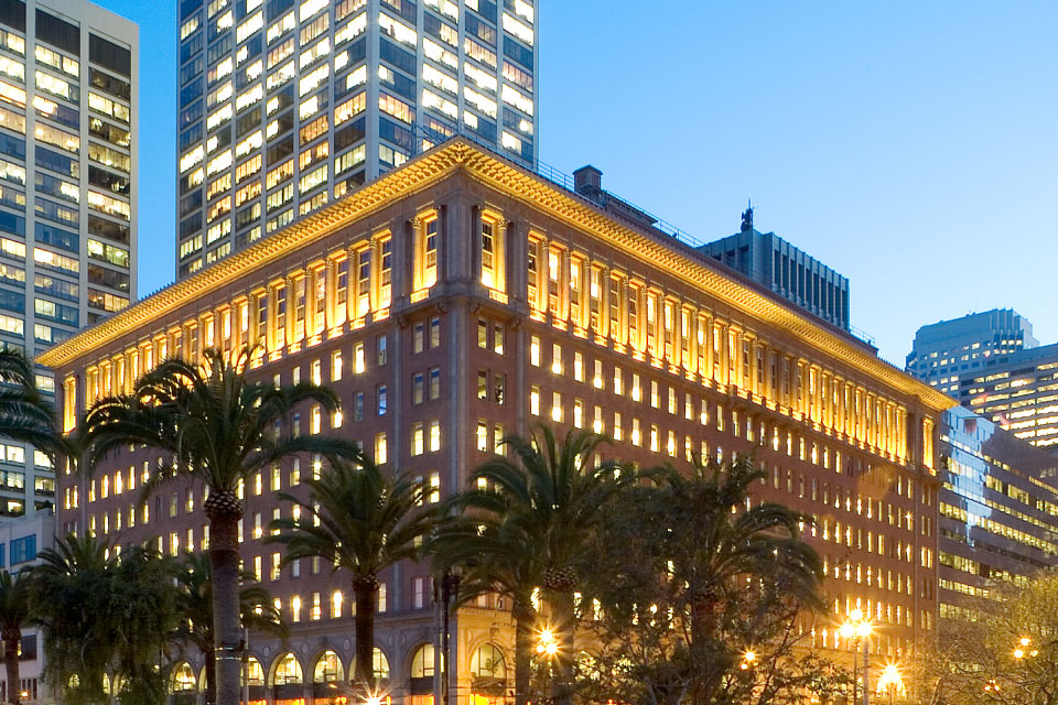 One Market Street, San Francisco - The project was the design and build-out of an innovation center and office space at One Market in San Francisco. The goal of the project was to provide a light, open, collaborative facility.