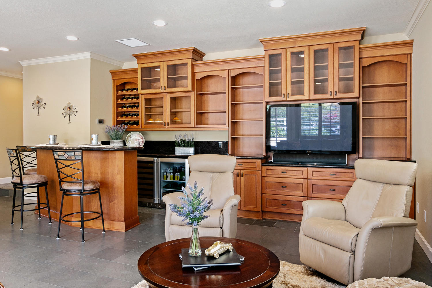 6884 Aviano Dr-021-009-Game RoomWet Bar-MLS_Size.jpg