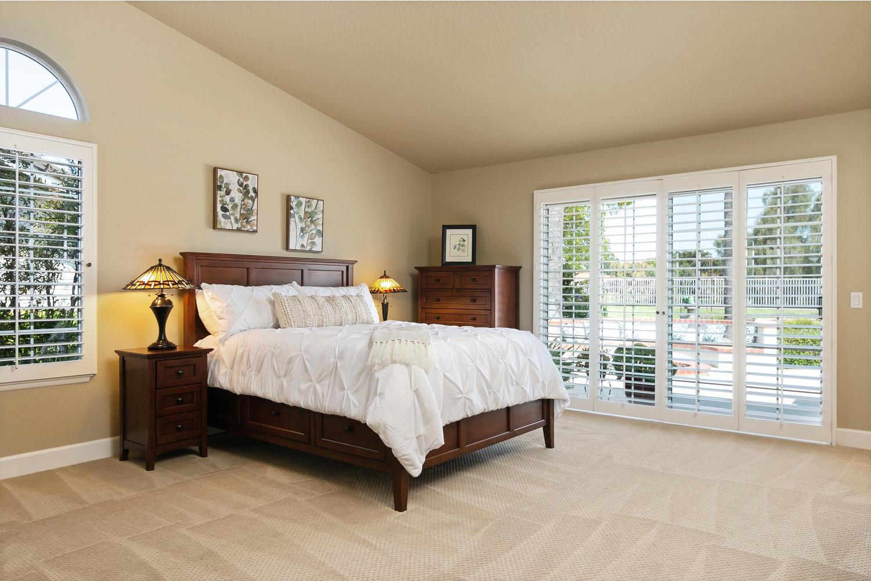 6884 Aviano Dr-022-026-Master Bedroom-MLS_Size.jpg