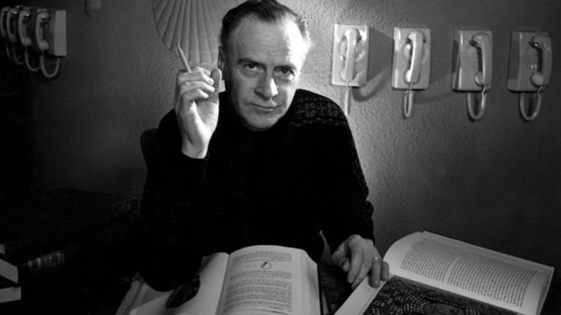 ST - 261 - Marshall McLuhan.jpeg
